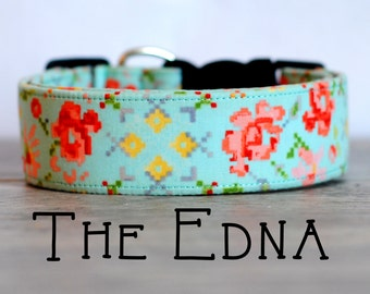 "Girly Turquoise Vintage Inspired Pixelated Dog Collar ""The Edna"""