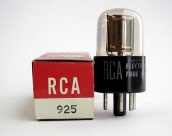 RCA 925 phototube - short octal tube with S1 spectral response