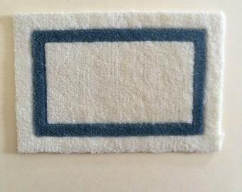 "Dollhouse Miniature Blue & White Rug 1"" (JL)"