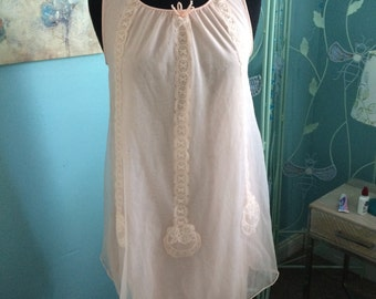 Vintage Lorraine Babydoll nightgown