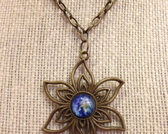 "24"" Bronze Flower Necklace with Glass Earth Pendant"