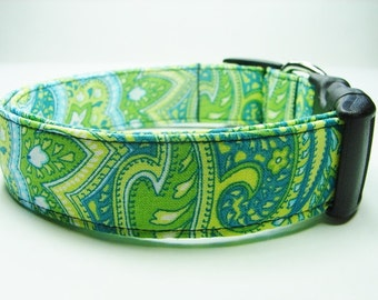 Beautiful Blue & Green Paisley Dog Collar