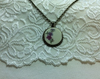 Very Vintage - Broken China Necklace