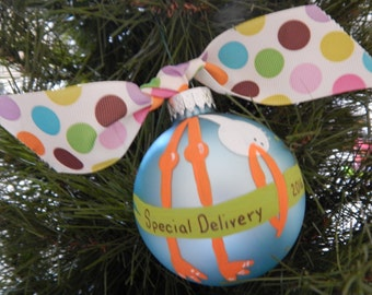 Special Delivery-Expectant Mom Ornament-Pregnancy