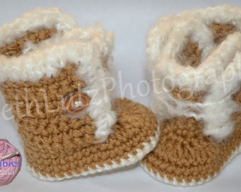Baby Shower Gift. 0-3 months Baby Boots, Baby Shoes, Baby Booties, Baby Girl Shoes, Baby Boy Shoes, Baby Girl Boots, Baby Boy Boots, Gender