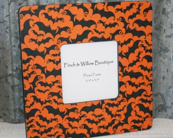 Batty Halloween Decor, Halloween Picture frame, Photo frame, Orange and black photo frame