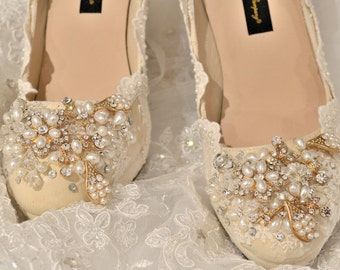 Swarovski crystal Vintage French Scallop Ivory Lace & Gold burgundy pearl bridal Champagne High heel Platform closed shoe