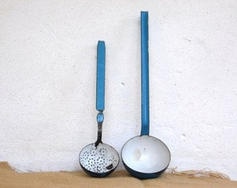 Vintage Enamel Strainer Ladle - White & Blue Enamelware - Shabby Chic Kitchen Decor