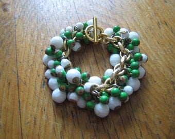 1970s Green and white multi bead bracelet