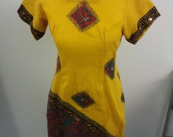 Vintage 1970s Yellow Patterned Dress