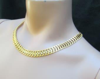 Vintage Monet Necklace 17 inch Goldtone