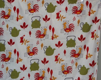 """1950s or 1960s Mid Century Vintage Cotton Fabric Chicken Print 3.9 YDS 35.5"""" Wide"""