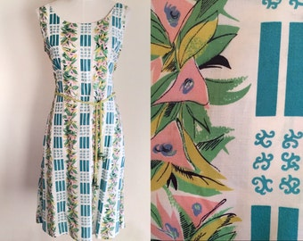 Vintage tropical dress //vintage summer dress // bright floral print dress // vintage Hawaiian dress