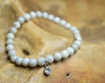 Feldspar bracelet, Feldspar beads, Gemstone beads, Facet bead charm, Feldspar jewelry, Stretch bracelet, Dainty bracelet, Grey bracelet