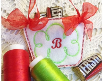 Letter B Machine Embroidery Monogram Basket - Machine Embroidery Design Instant Download Design