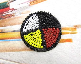 Seed Bead Rosette, 4 Directions Medicine Wheel, Glass Seed Bead Circle. Native American Indian Pattern, Pow Wow Decoration, Regalia, 2 Pcs