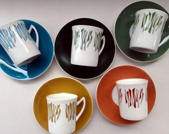 Five 1970s Harlequin Colours ELIZABETHAN KON-TIKI Vintage Cups and Saucers