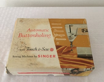 Vintage singer Sewing Machine automatic buttonholing touch & SEW ZIG ZAG #161829