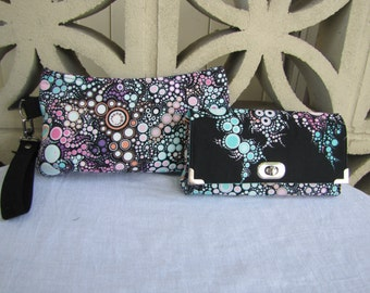 Wristlet and wallet set