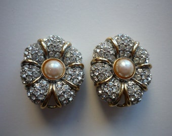 Stunning Vintage Large Oval Gold Silver Tone Rhinestone Faux Pearl Clip On Earrings Wedding Bridal