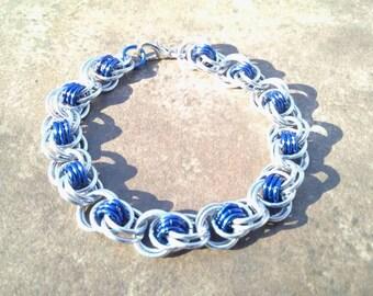 Ocean Waves Weave Chainmaille Bracelet - Blue