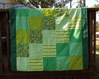 Multi Green Quilt/Throw/Blanket