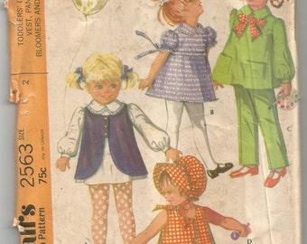 2563 McCalls Sewing Pattern Toddler Dress Vest Pants Bloomers Bonnet Size 2 Vintage 1970s