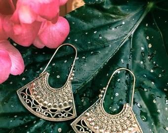 Ganeysha* brass ethnic earrings