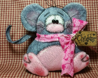 Cheddar the Mouse Pattern #207 - Primitive Doll/Ornie Pattern