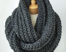 SUMMER SALE Crochet infinity scarf in CHARCOAL Gray/dark gray heather, chunky crochet scarves, grey circle scarves, big scarf, eternity scar