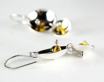 925 Sterling Silver Domed Disks Earrings with Honey Amber Gemstones