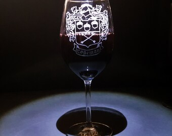 Crest glass, Crest, Family crest wine, Crest wine, Crest family, Crest Glasses, Crest wine glass, Crest family glass, Crest family glasses