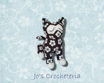 African Flower Crochet Cat