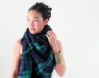 Onuma scarves- green  Winter  scarf