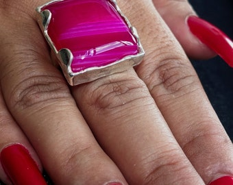 Artistic Gemstone Ring with a rectangle shaped pink Agate Sterling Silver 925 size 7.5 (GR240)