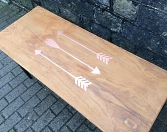 Coffee table - Copper arrows