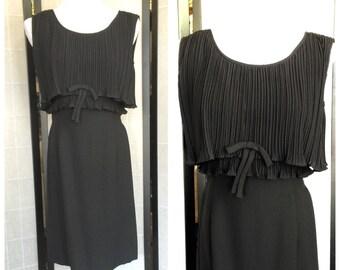 Vintage Black pleated Dress /60's