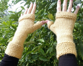 Hand knit  gloves. Hand knitted fingerless gloves. Women accessories