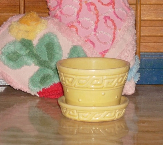 McCoy Yellow Flower Pot With Attached Saucer Old Vintage