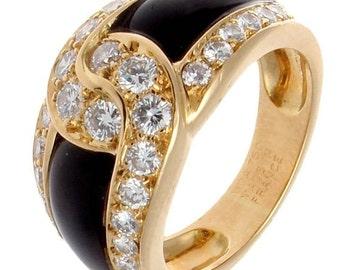 Van Cleef & Arpels Onyx Diamond Gold Ring