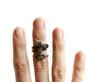 Raw Moldavite ring | Raw moldavite crystal ring | Rare green moldavite and copper ring | Raw moldavite jewelry | Moldavite crystal jewelry
