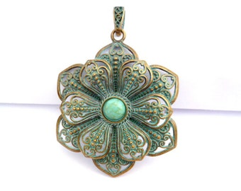 Aged Patina Brass Large Charm Pendant_PA044198_Patina Filigree Large Flower Pendant_of 65 mm_2/8in_pack 1 pcs