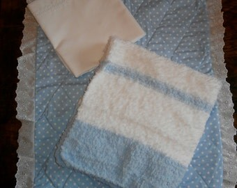 Handmade Moses Basket/Crib bedding set in Blue and White. Quilt, Blanket and Flat Sheet - Great Gift