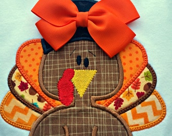Personalized Applique Thanksgiving Shirt, Turkey Shirt, Thanksgiving Onesie, Girl with the Bow, Boy without the bow