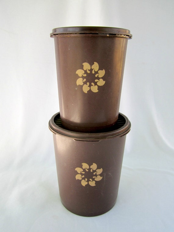 brown kitchen canister sets tupperware brown canister set vintage tupperware 16503