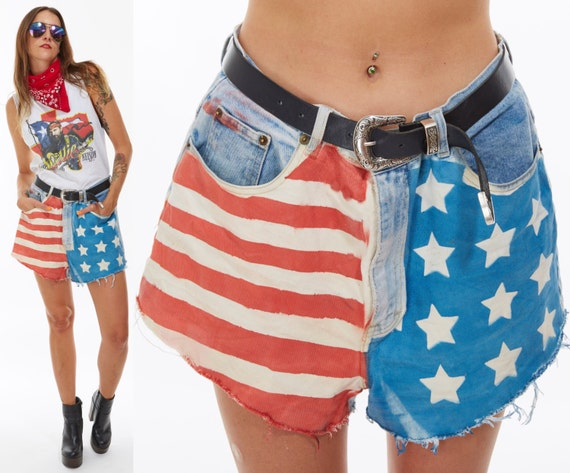 Vtg 80s AMERICAN FLAG Red White Blue Jean SHORTS Cut Offs distressed Shredded Fringe Americana Stars and Stripes Nautical Grunge Patriotic