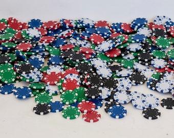 Lot of 498 Poker Chips Gaming & 5 Dice Gambling