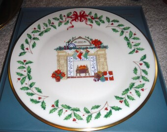 LENOX Christmas Holiday Annual Christmas Plates 1993 3 th of series