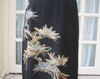 Japanese Silk Skirt Black Embroidered Size 8 Vintage