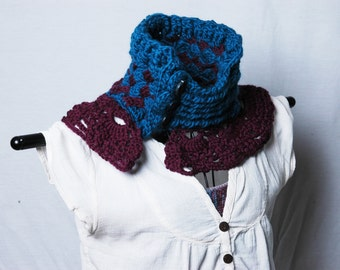 Button Cowl with Lace